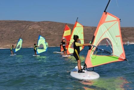 Minik Sörfçüler Alaçatı'da buluşuyor