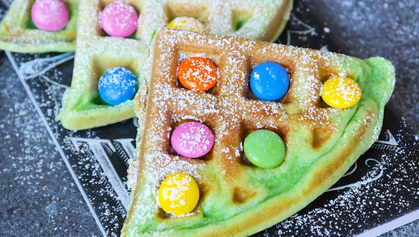 Ispanaklı Waffle - Çocuklar için Sağlıklı Atıştırmalıklar - Anne Bebek Dergisi