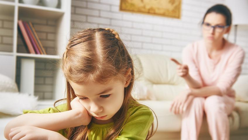 Çocuğa Kızmak Çözüm Değil