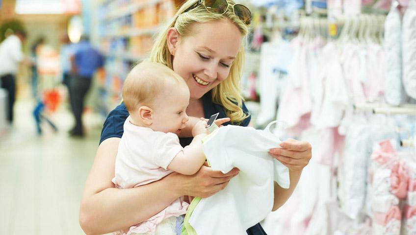Bebekler Yaz Aylarında Nasıl Giydirilmeli?