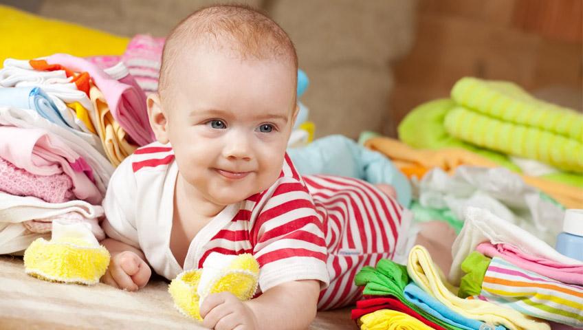 Yazın Bebekleri Nasıl Giydirmeli?