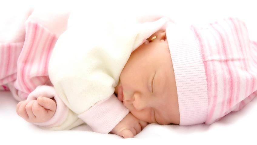 Sıcaklarda Bebek Bakımında Nelere Dikkat Etmeli?