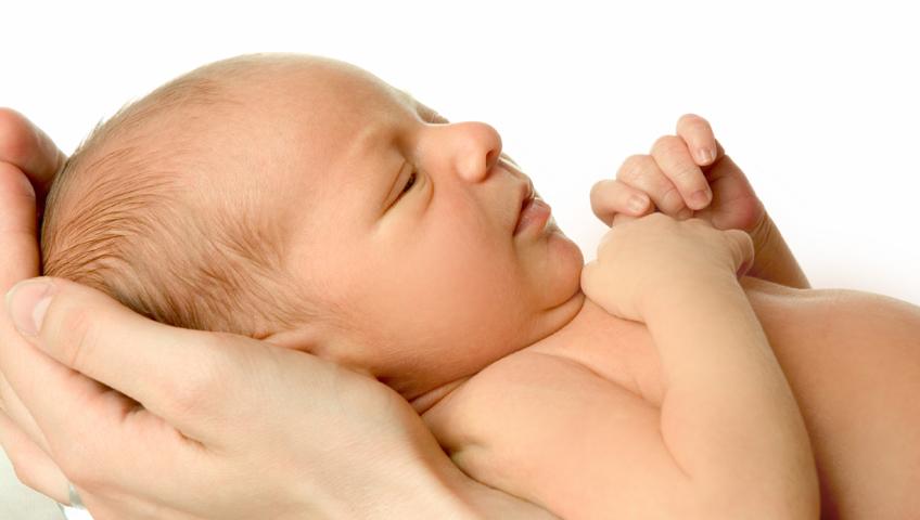 Ağlayan Bebeği 10 Dakikada Sakinleştirebilirsiniz