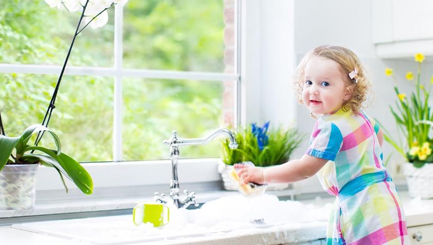 Çocuğunuza Mutfakta İş Verin
