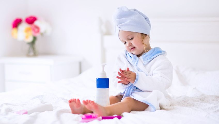 Bebek Kozmetiği Seçimi Nasıl Olmalı?